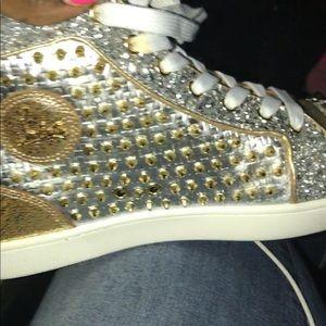 hot sale online 5748e fbaf0 US 13 MEN Christian Louboutin Studded Sneakers